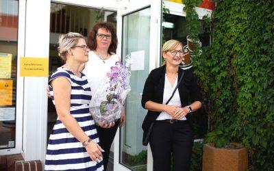 """Die erste Projekt-ExNa-Hochzeit ist geschafft! Juliane Petzold-Zwahr übernimmt das """"Eiscafé und mehr"""""""